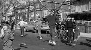 free-range-kids-have-become-a-thing-of-the-past_v3